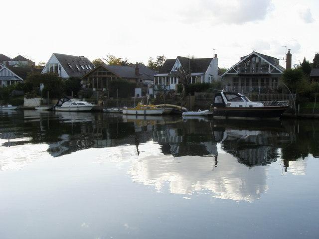 Thames Ditton Island