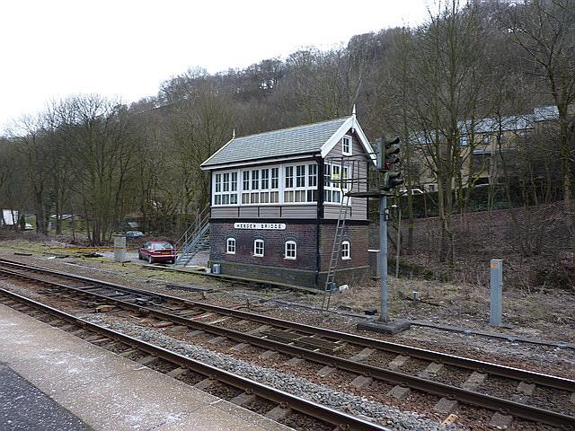 Hebden Bridge Railway Station, Signal box