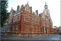 TQ3265 : Municipal buildings, Croydon by N Chadwick