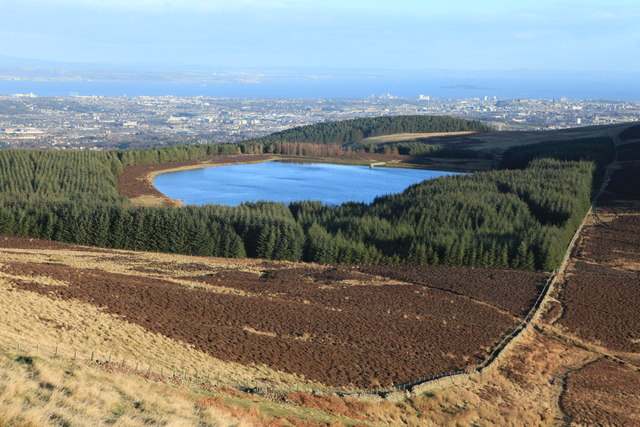 Bonaly Reservoir from Harbour Hill