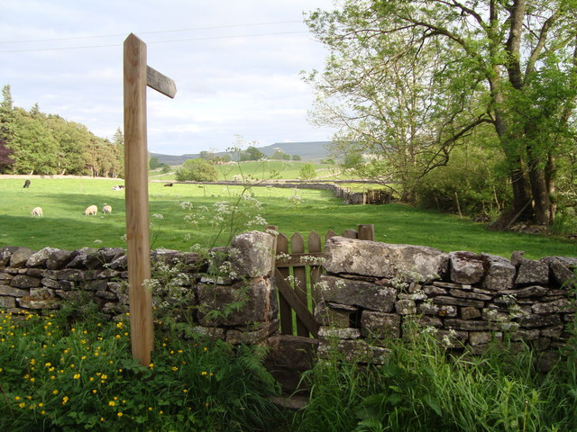 Gated stile at Eelands, Ravenstonedale