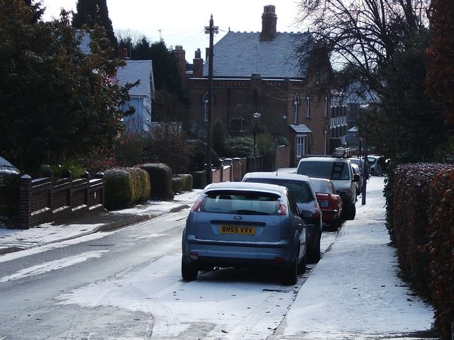A light dusting of snow in Southbank Road