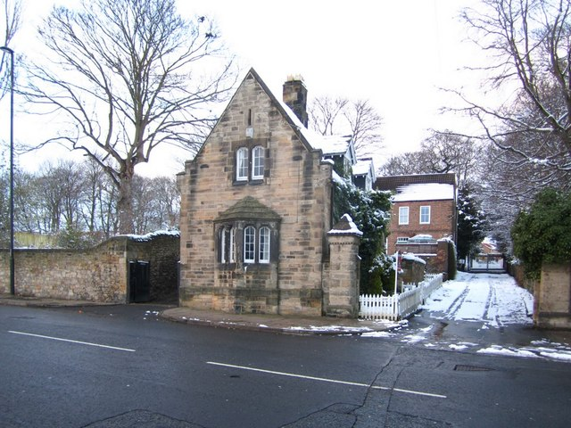 Lodge south of Wellburn House, Benwell Lane