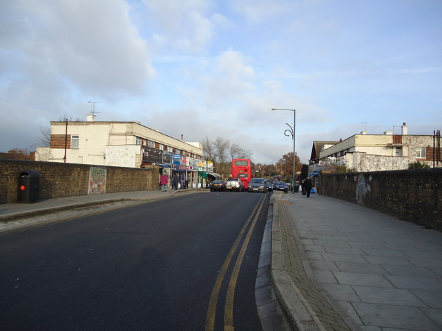 Watling Avenue, Burnt Oak, Burnt Oak