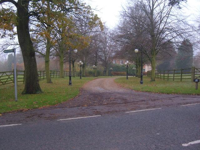 Driveway to Hulcote Manor