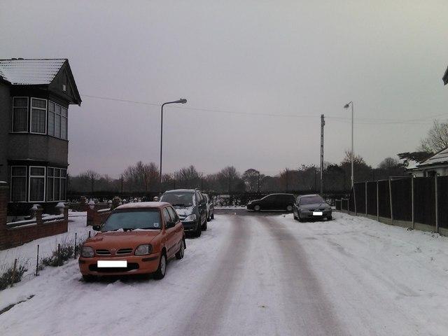 Snowy Middlefield Approach