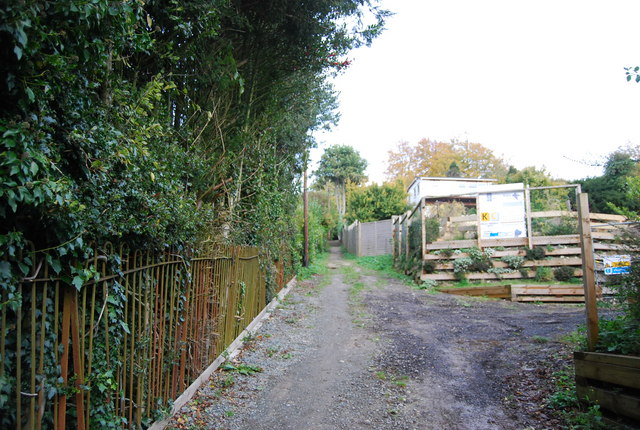 Cut through to Coombe Rd, Otford
