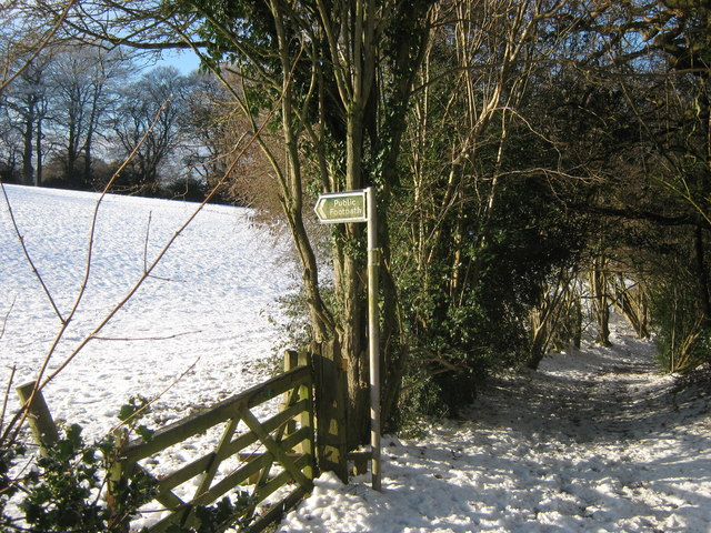 Footpath on Old Harrow Lane