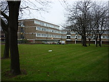 TQ3581 : Flats off Commercial Road, Stepney by Ian S