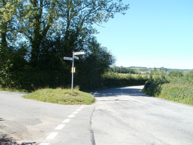Country road crossroads near Tredunnock