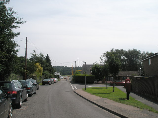 Approaching the junction of Dock Lane and  River View