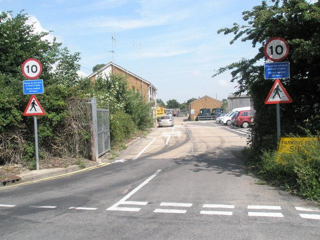 Road signs in Dock Lane