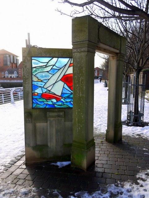 'Passing through', Sunderland Marina