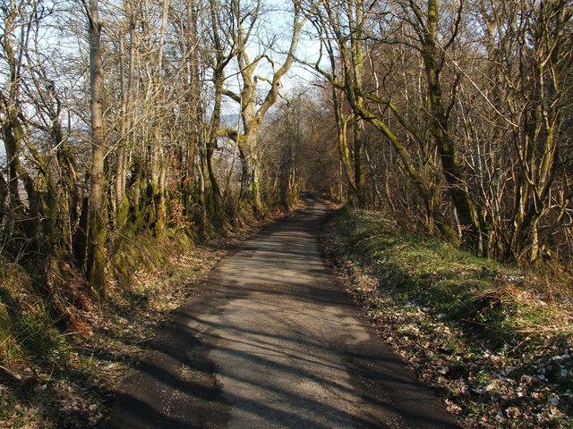 Upper Stoneymollan Road