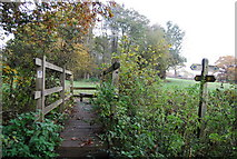 TQ5334 : Footpath junction, Sussex Border Path by N Chadwick