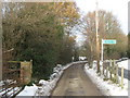 TQ4359 : Footpath junction near Cherry Lodge Golf Course by David Anstiss