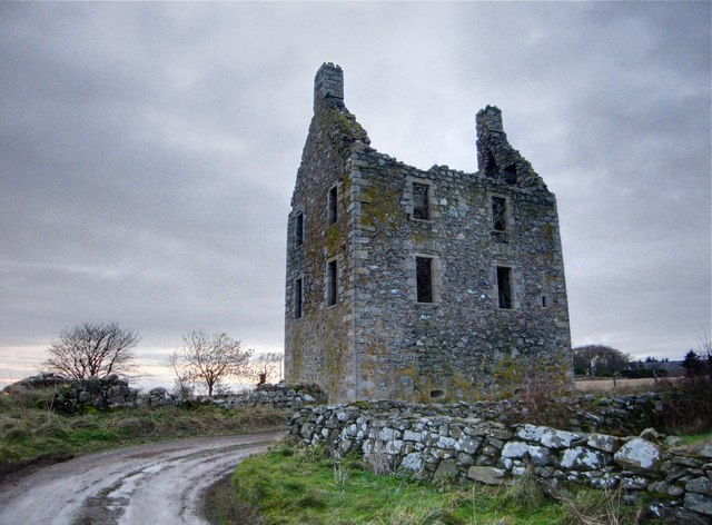 Newburgh: Knockhall Castle