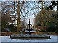 ST3087 : Fountain in Belle Vue Park by Robin Drayton