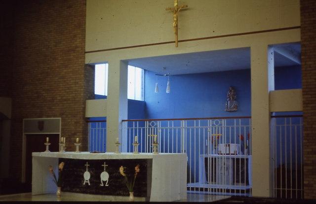 St Raphaels Catholic Church, Millbrook - altars