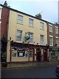 TA1767 : The Olde Globe Inn, High Street, Old Town, Bridlington by Stefan De Wit