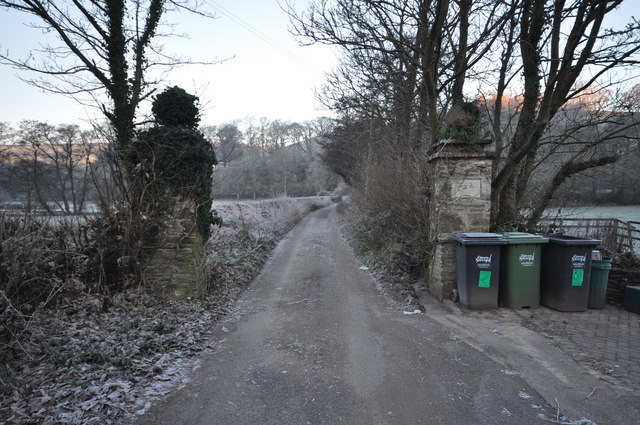 Castle Lane which leads to Challowell Lane