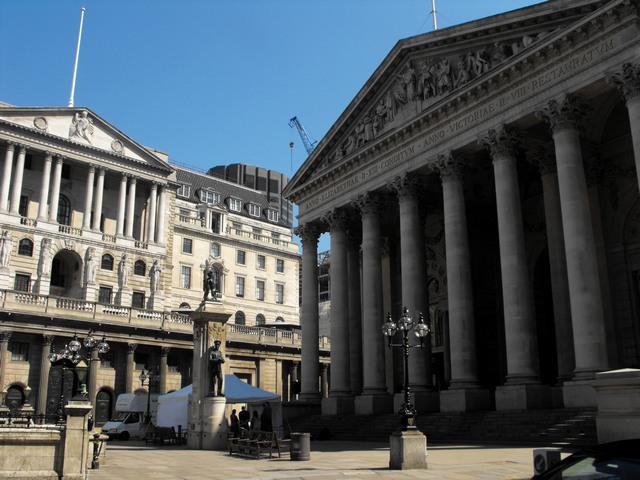 Bank of England EC2 & Royal Exchange EC3