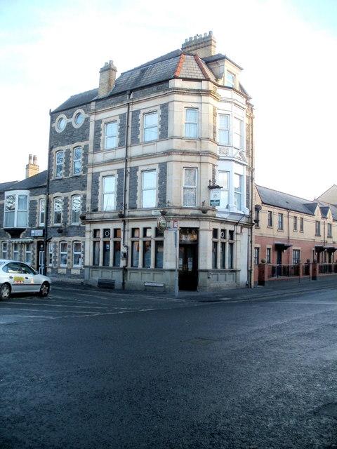 Alexandra Inn, Newport by Jaggery