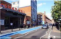 TQ3580 : Cable Street in Shadwell by Steve Daniels