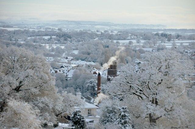 Tiverton : Snowy Town Scene