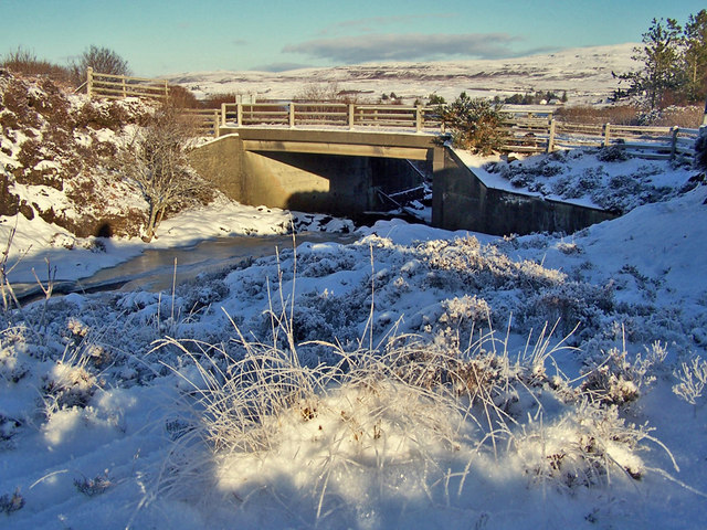 Bridge over Treaslane River - winter