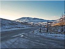 NG4867 : A855 towards Brogaig by Richard Dorrell