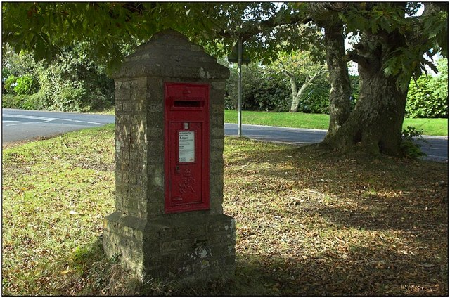 Post box near Carlyon Bay
