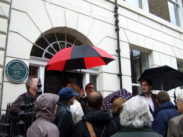 Medical history tour in Upper Wimpole Street