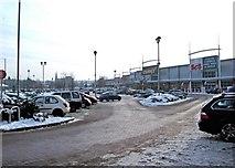 SO8277 : Crossley Retail Park, Carpet Trades Way, Kidderminster by P L Chadwick