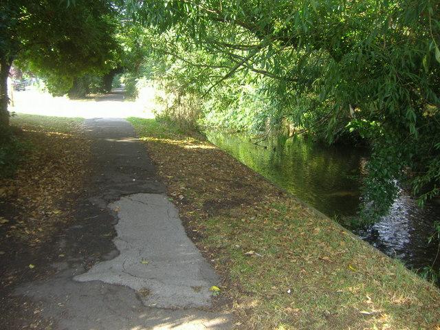 Riverside Walk, Isleworth