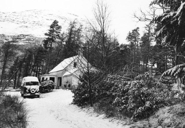 Inbhir-fhaolain hut in 1981