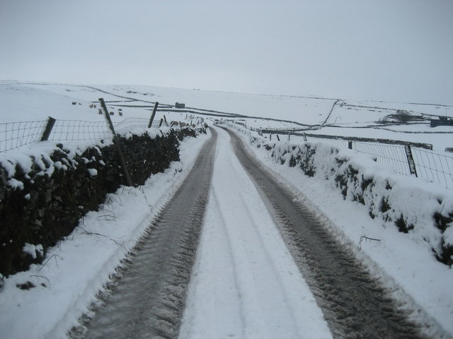 Smearbottoms Lane in Winter