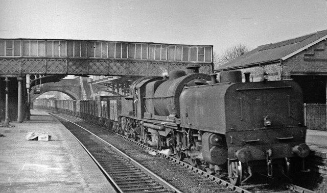 Elstree Station, with a Garratt on an Up coal train