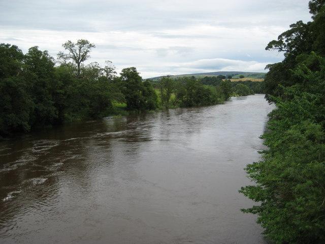 The River Eden from the bridge at Armathwaite