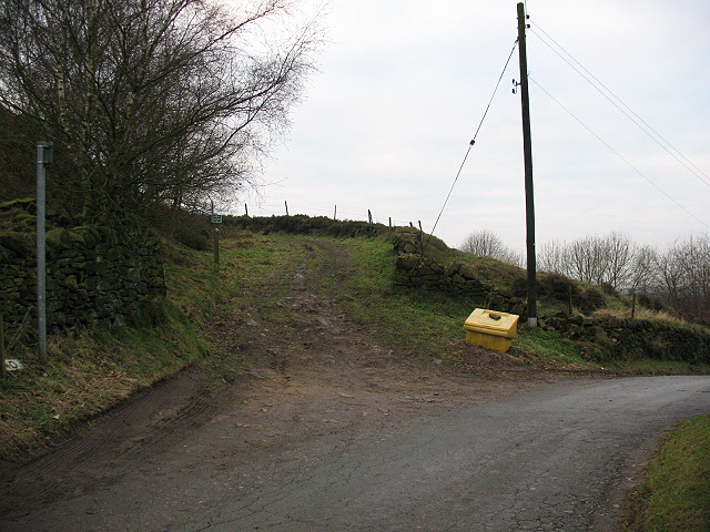 Grit bin at the top of Congleton Edge Road