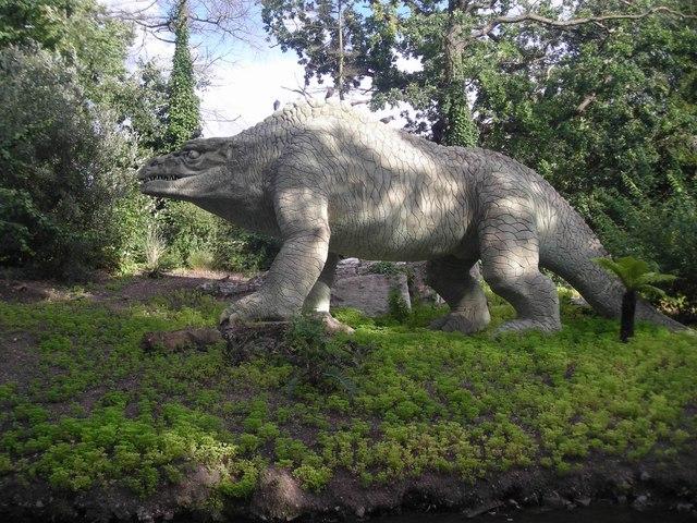 Crystal Palace Park: the dinosaurs
