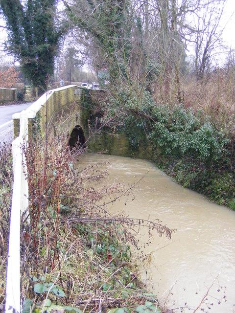 River Yox & Pouy Street Bridge