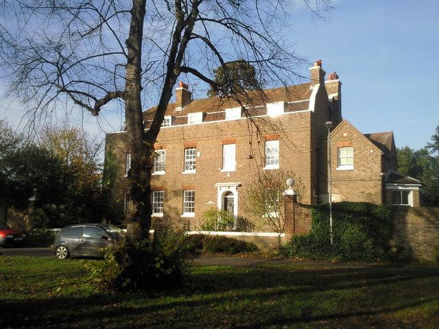 Burlington House, East Bedfont