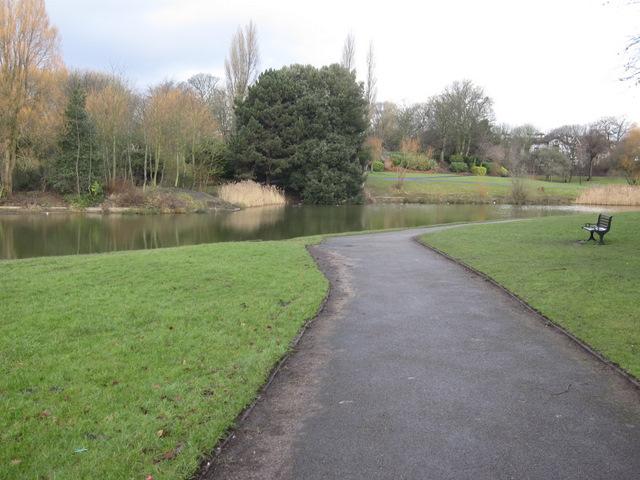 Prince's Park and lake