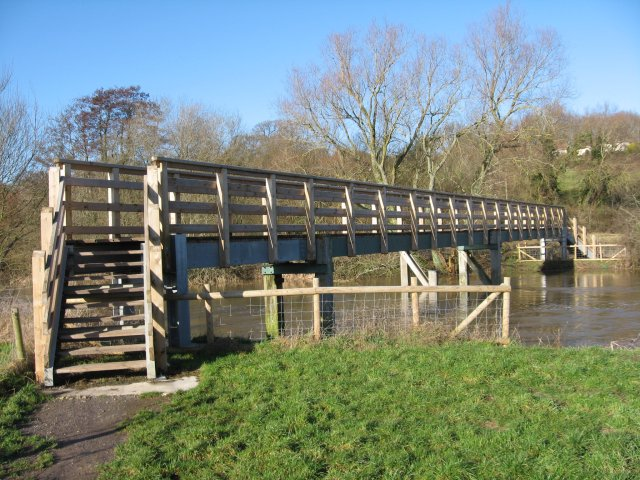 Eye Bridge over the Dorset Stour