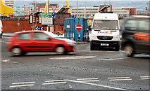 J3574 : Mini roundabout, Belfast by Albert Bridge