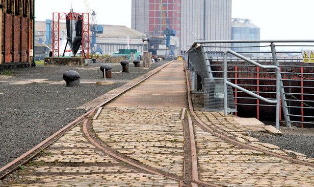 Old shipyard railway, Belfast (6)