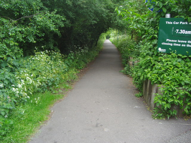 Entrance to Horsenden Hill park from car park