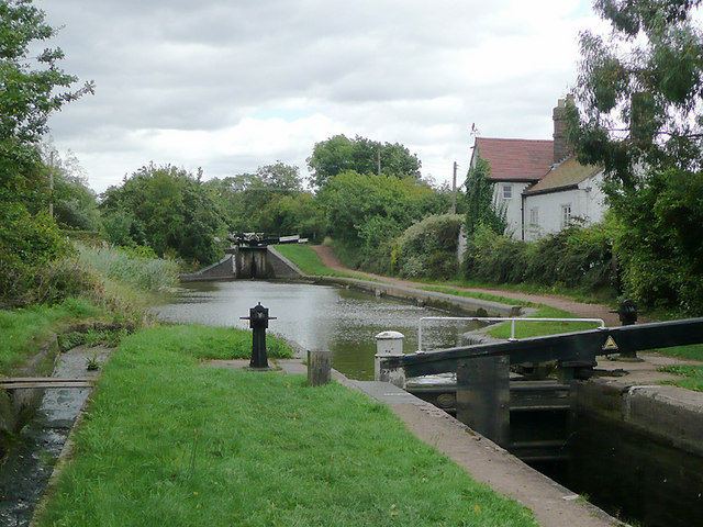Worcester and Birmingham Canal at... © Roger Kidd cc-by-sa ...