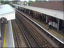 TQ0471 : Staines station platforms by David Howard